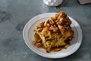 French Toast Bread Pudding with Crunchy Almond Streusel